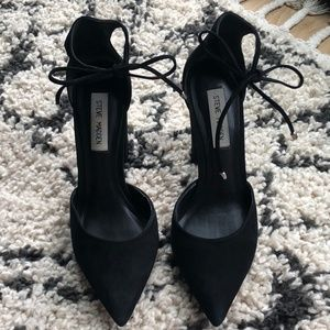 Steve Madden | Black Pointed Heels with Ankle Tie